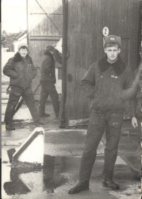 chyba 1987 (w parku czołgowym)
